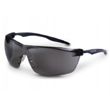 Очки защитные открытые O88 SURGUT StrongGlass™ (5-3,1 PC) темно-серые